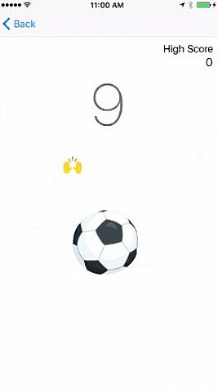 Soccer game in Messenger