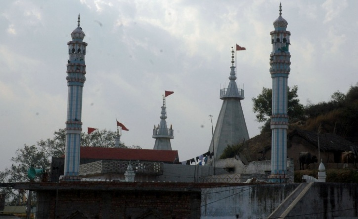 Temple and mosque