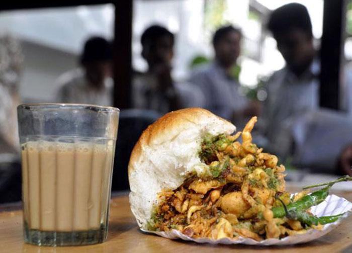Reasons Why Pav Makes Mumbai Go Round