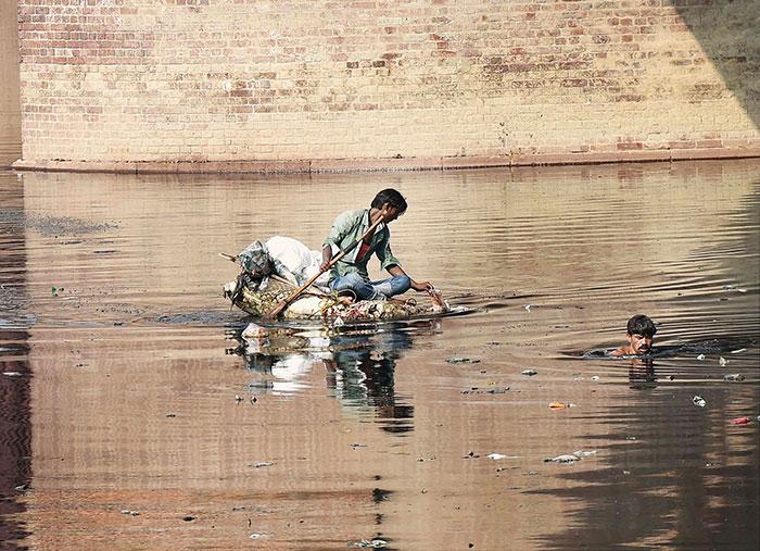 Delhi Govt. Draws Up 6,000 Crore Plan to Rescue The Yamuna