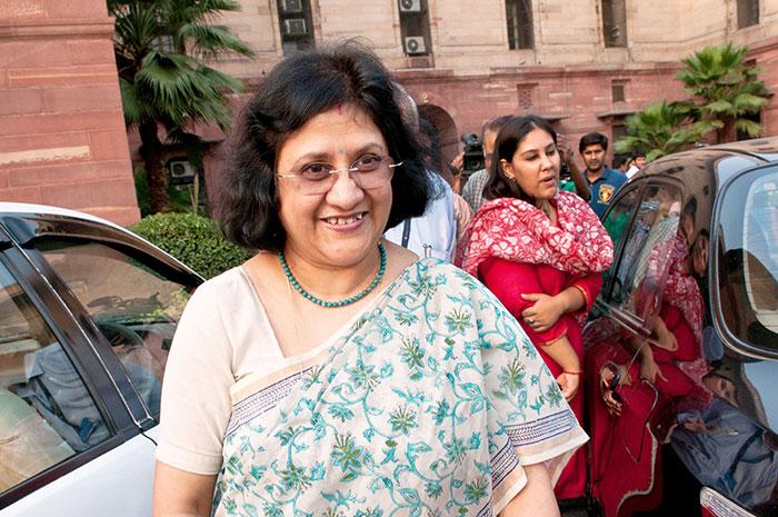 Meet Arundhati Bhattacharya - SBI Chief And The First ...