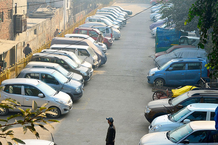 Karnataka Sets An Example For In Combating Traffic Congestion, Mulls Higher Tax For Second Car