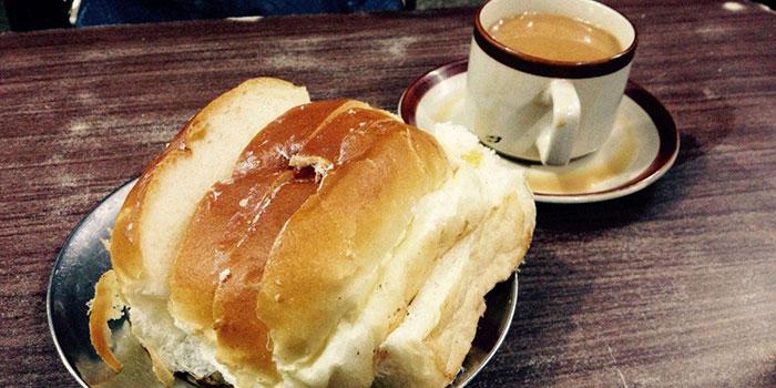 Breakfast Places Across India