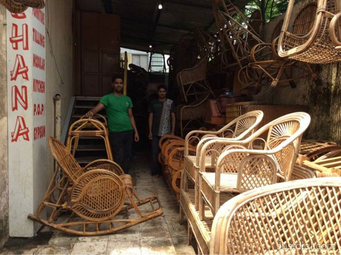 10 Amazing & Super Affordable Furniture Markets In India