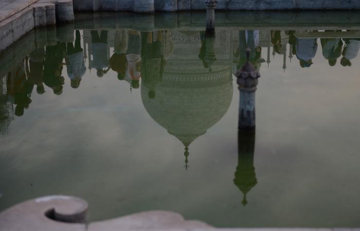 If  Taj Mahal is a souvenir of  medieval India, then Kashi aka Varanasi