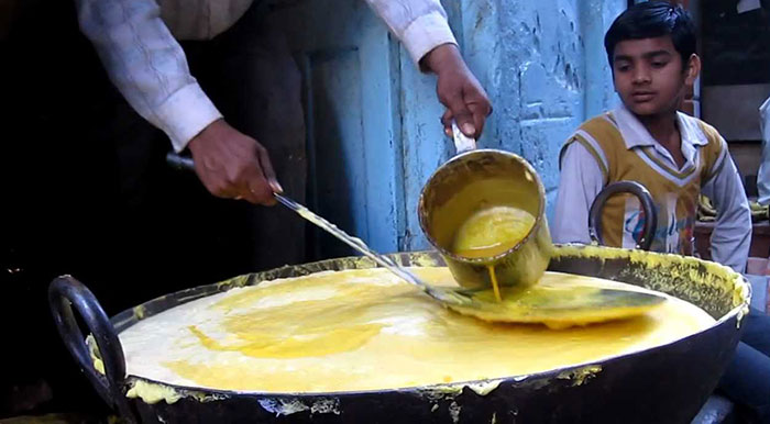 Best Places To Savour The True Flavours Of Varanasi