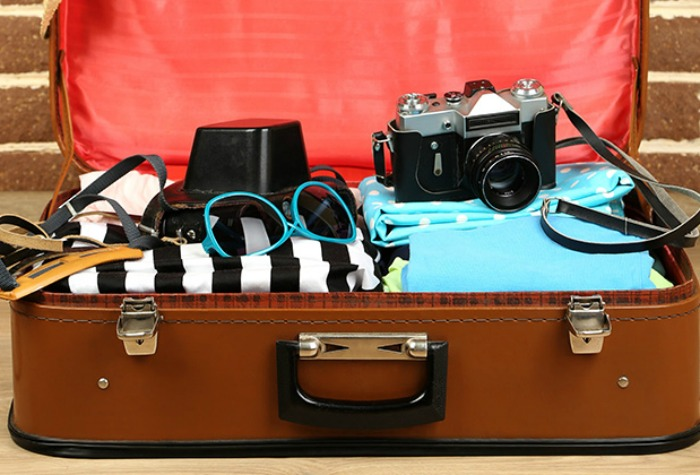 4 Must-carry Things On Sudden Weekend Trips