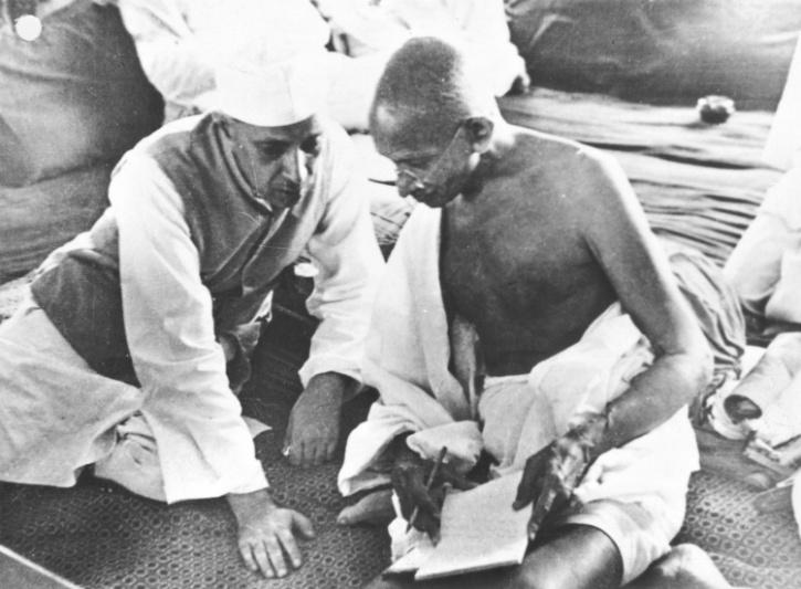 gandhi-nehru