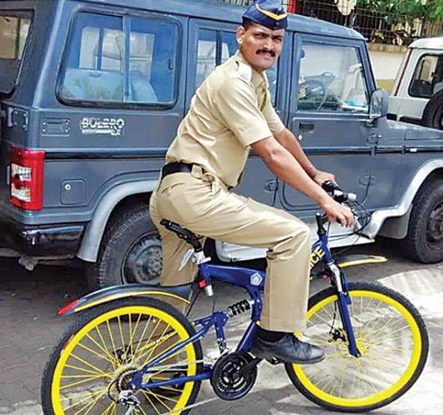 Bicycle police in Mumbai