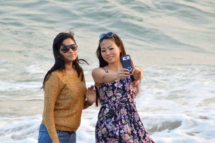 5 Tourists Fell Off Cliff While Taking A Selfie In Goa, 2 Might Be Paralysed