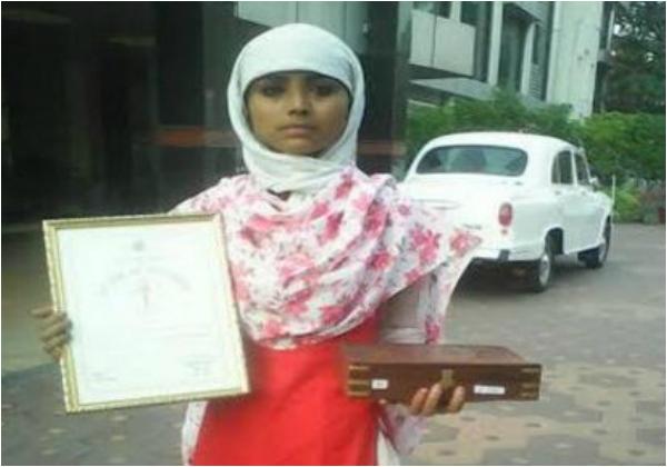 Teen Muslim girl saves hindu friend