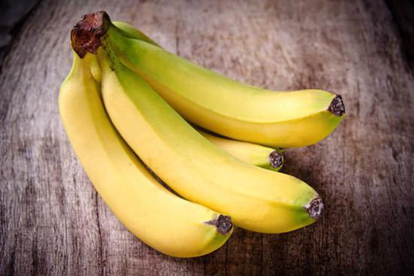 Cops go bananas, hospitalised after fight over fruit