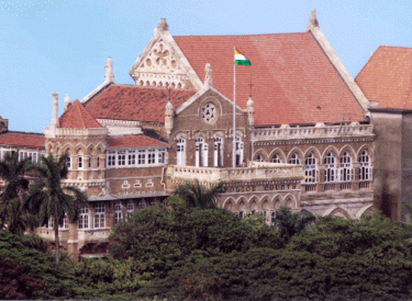 Lawyers In Mumbai Attack Law Student Who Questioned Them Smoking In Court