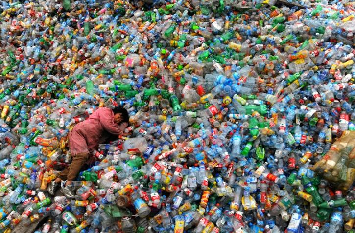 plastic bottles pet