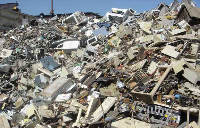 This Mumbai College Recycles 100 Kilos Of Electronic Waste Every DAY!
