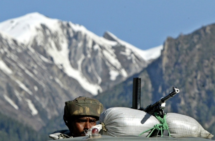 Indian Army patrol hit by avalanche
