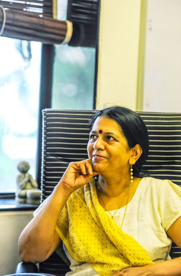 Rajani Pandit, detective