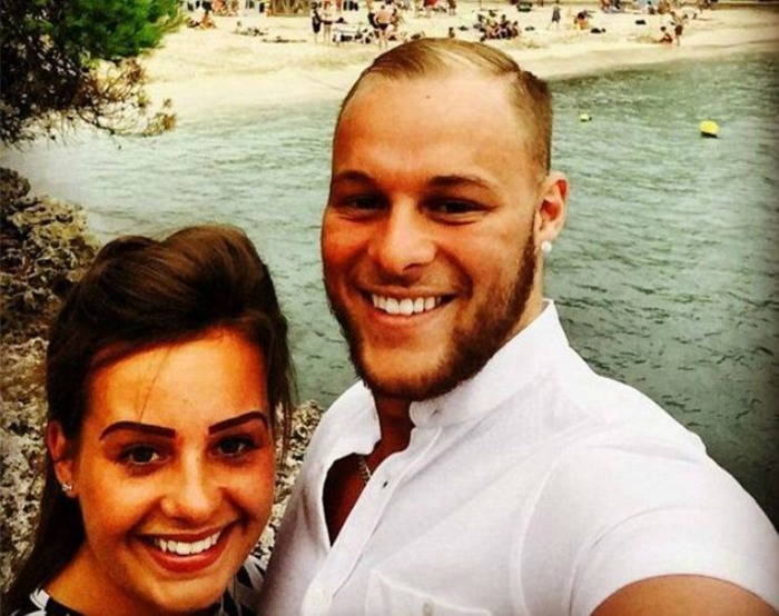 Josh Reed travels on his girlfriend