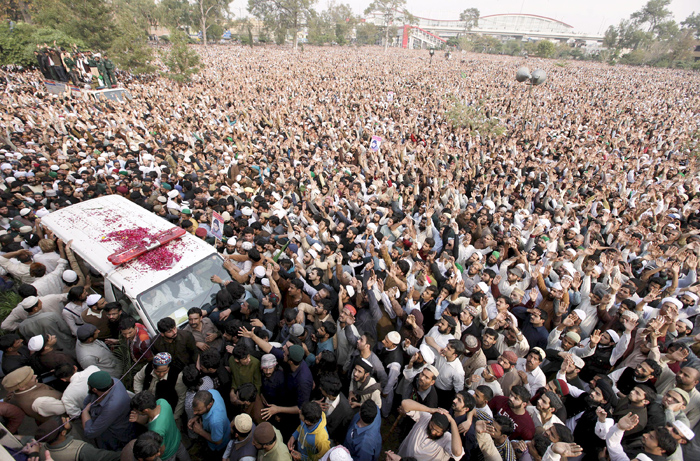 Why Did Ten Thousand Pakistanis Line Up To Pay Respect To Murderer Mumtaz Qadri?