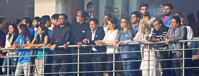 Sachin in the stands with Big B