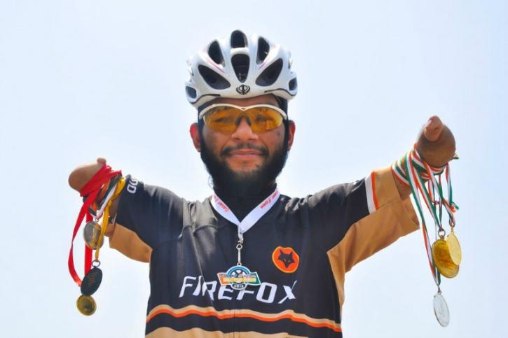 super singh cyclist