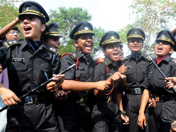 women Indian army officers