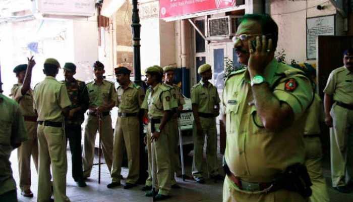 In Mumbai, a Bollywood-like story of cops, impersonators and weddings