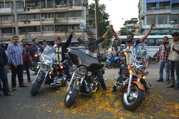 Two Mumbai Bikers Travel 20,400 Kilometers In 40 Days Across India