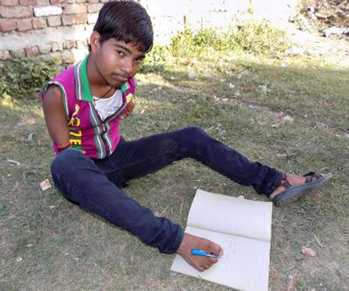 This 16-Year-Old Armless Boy Who Wrote Class X Exams With His Feet Scores 71 Percent
