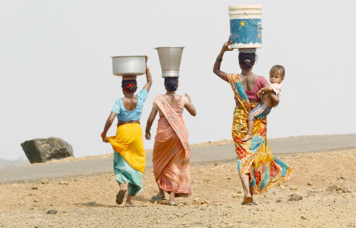 Toddler From Marathwada Family Fleeing Drought Drowns In A Bucket Of Water