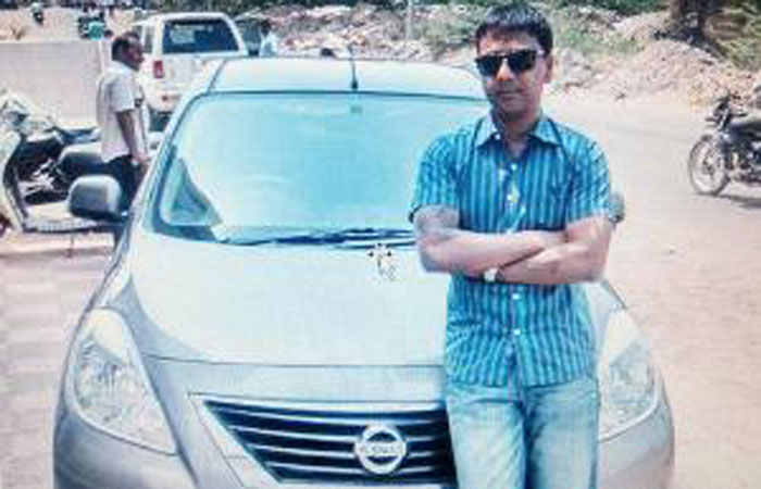 Mallya Wannabe? Banker Turns Scamster To Score 100 Crore, Spend It On Women And Cars !