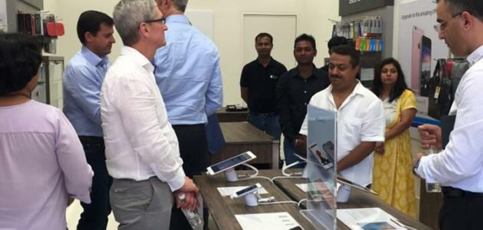 Tim Cook Pulls Up Apple Store Employees In Gurgaon Over