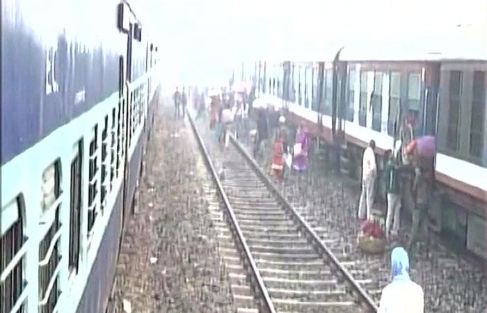 Train Stopped in Bihar