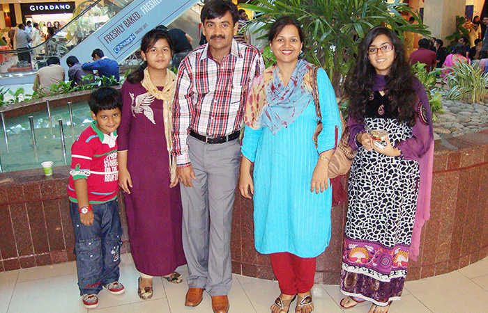Mashal Maheshwari Family