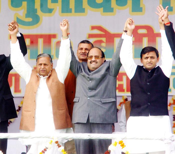 With both UP CM, Akhilesh Yadav and his uncle Shivpal Yadav