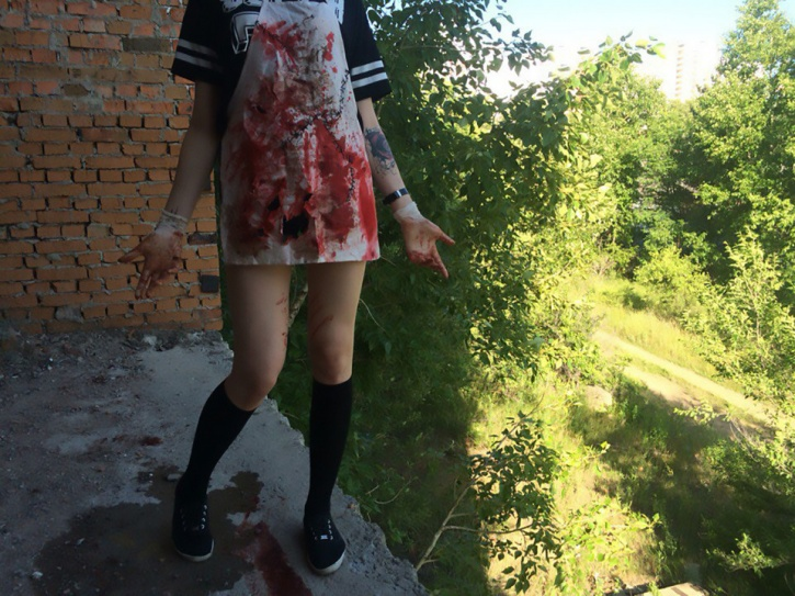 russian girls horror torturing animals 4