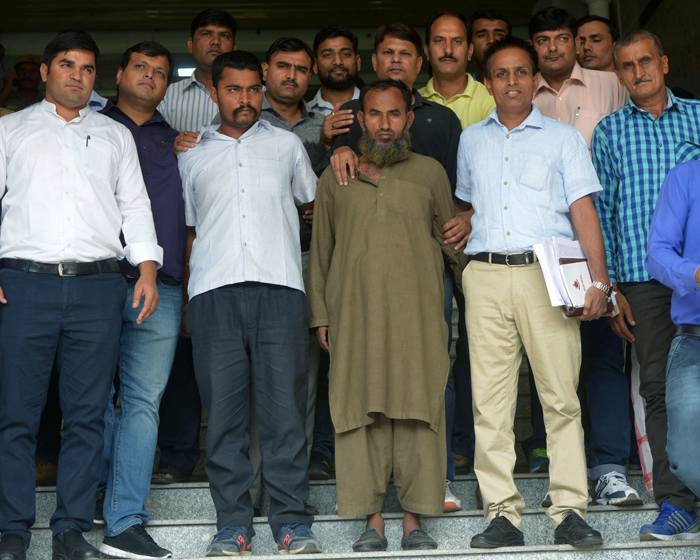 Caught In The Act: More 50 Pakistani Spies Have Been Captured In India Since 2013