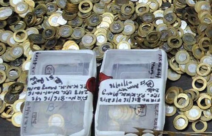 Fake coin manufacturing factory busted by Delhi Police