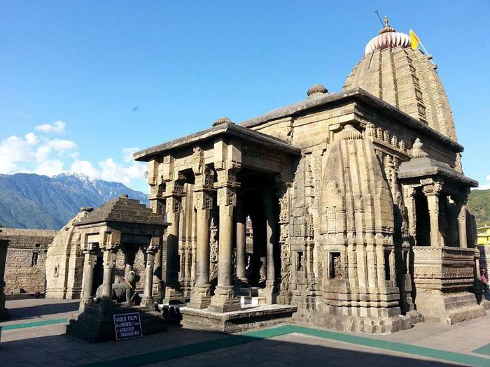 baijnath-temple