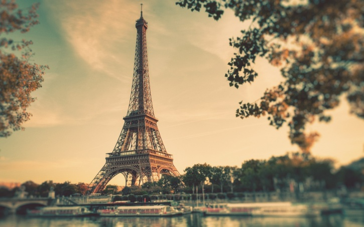 Eiffel tower filter