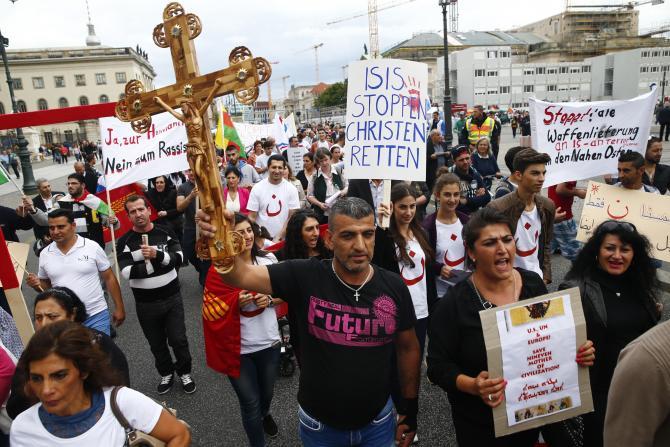 church protest isis iraq
