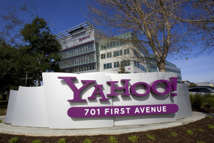Ex Yahoo Employee Says Woman CEO Tried To Get Rid Of Male Workers