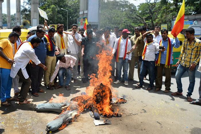 Karnataka   Violence