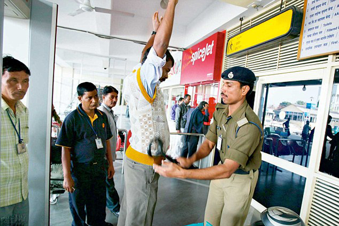 Paralympic medallist humiliated at airports