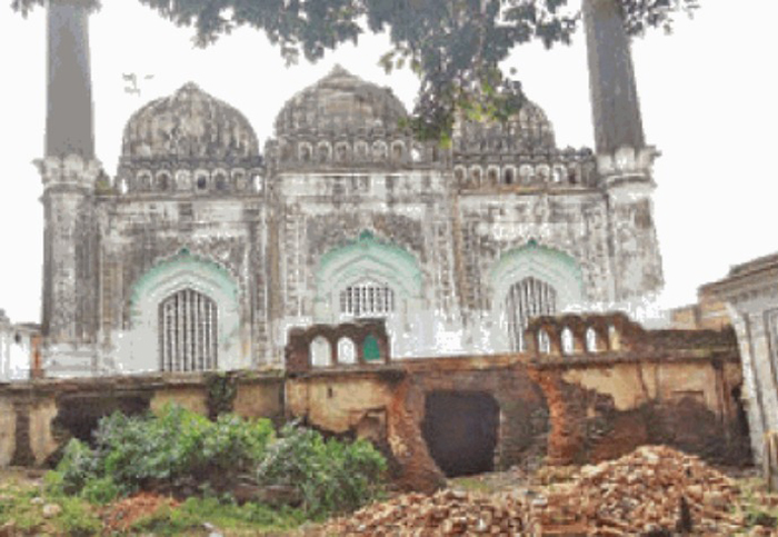 In A Show Of Communal Harmony, A Temple In  Ayodhya Allows To Build A Masjid On Its Land