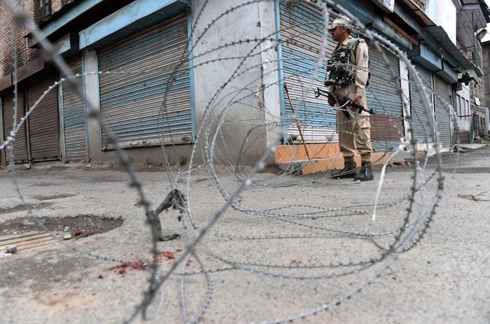 Army Enters Kashmir