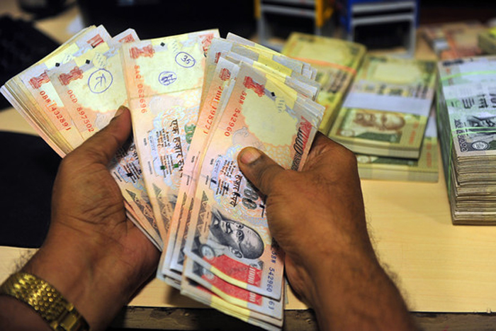 Gang of cops, involved in Rs 3.9cr robbery, busted