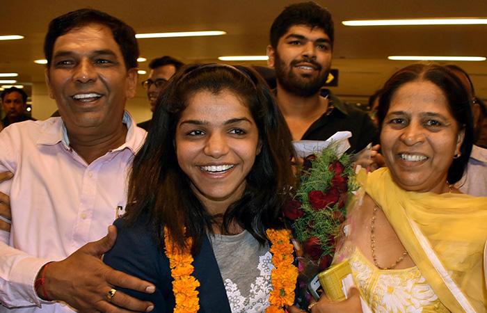 Sakshi Malik With Her Parents