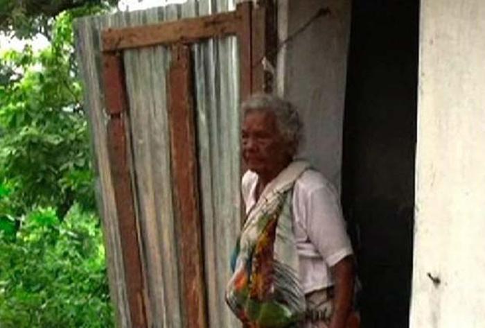 105 YO Woman Who Sold Goats To Build Toilet