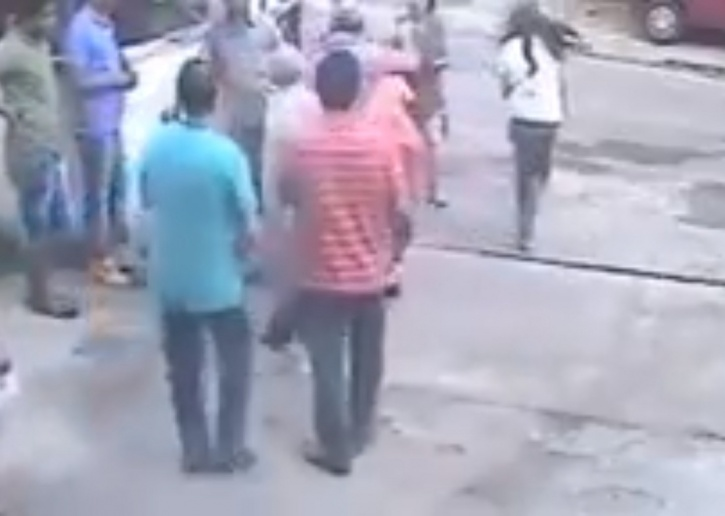 Pune Mother And Daughter Beaten Up By Neighbour, They Claim It
